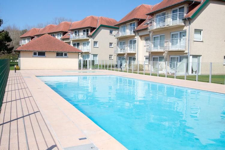 Appartement met zwembad met wifi  DE-HAANResidence De Haan 1