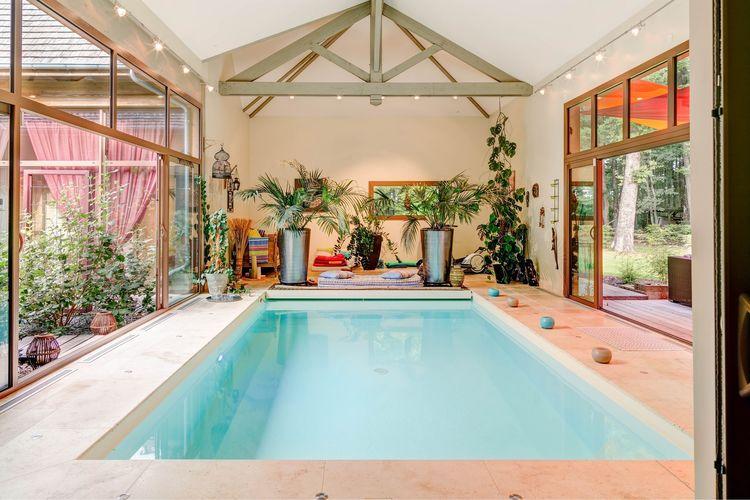 Frankrijk | Region-Centre | Vakantiehuis te huur in Jaudrais met zwembad  met wifi 8 personen