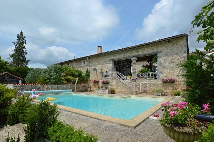 vakantiehuis Frankrijk, Cote Atlantique, La Forêt-de-Tessé vakantiehuis FR-00032-90