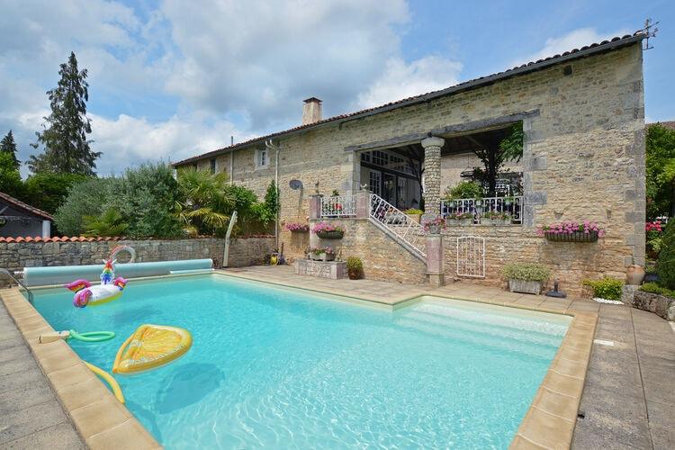 Vakantiehuizen Frankrijk | Cote-Atlantique | Vakantiehuis te huur in La-Foret-de-Tesse met zwembad  met wifi 6 personen