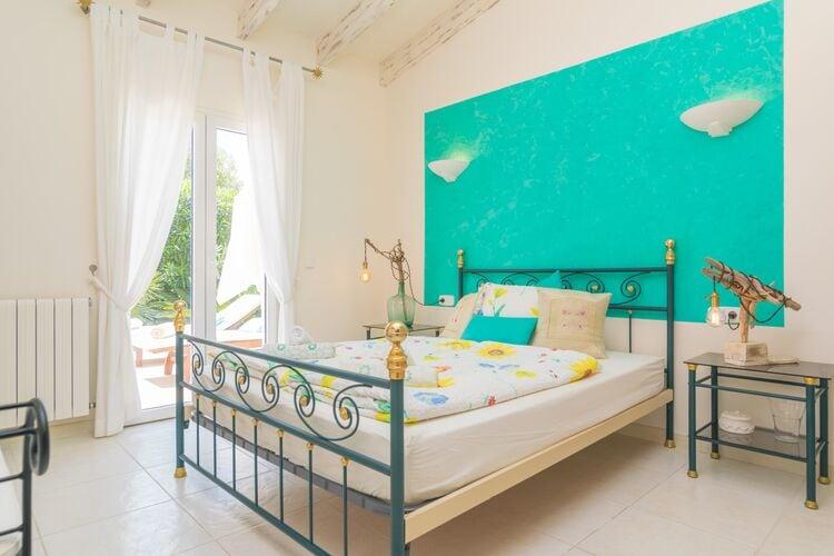 Vakantiehuizen Spanje | Mallorca | Villa te huur in Son-Serra-De-Marina-Illes-Balears met zwembad  met wifi 6 personen