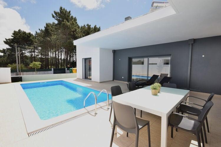 Villa met zwembad met wifi  NadadouroVila da Lagoa
