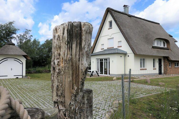Vakantiehuis  met wifi  Ostseebad Rerik  Haus Strandgut - 5 Schlafzimmer - Sauna - 3 Bäder - Terrassen