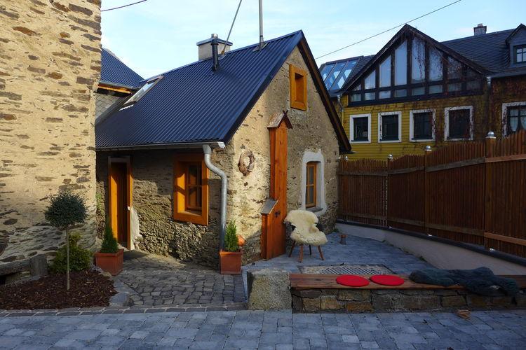 Duitsland | Eifel | Vakantiehuis te huur in Roes   met wifi 4 personen