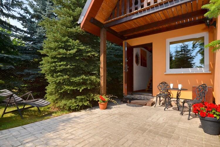 Vakantiehuis met zwembad met wifi  DarowoSecluded holiday home