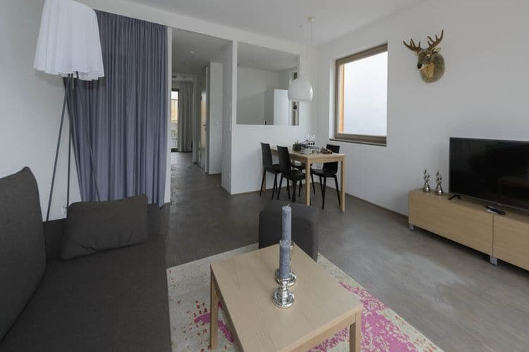 Ref: AT-8971-08 3 Bedrooms Price
