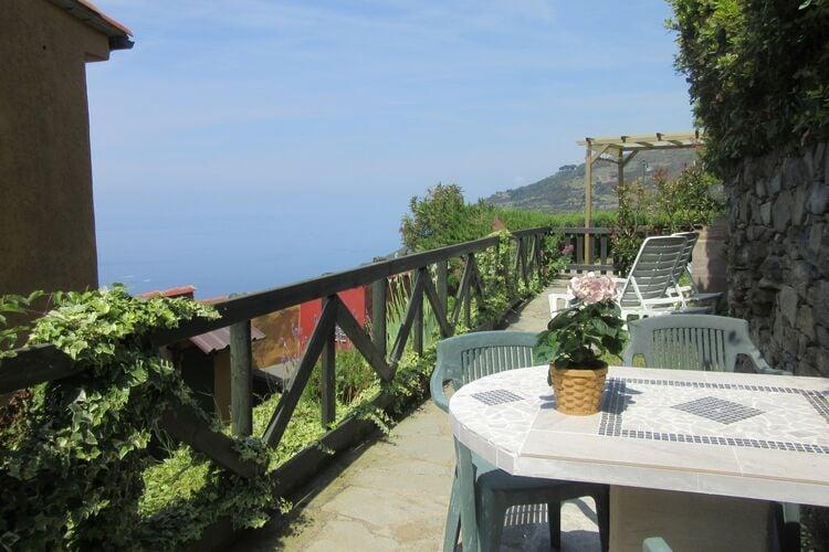Vakantiehuizen Italie | Lig | Appartement te huur in Riomaggiore   met wifi 4 personen