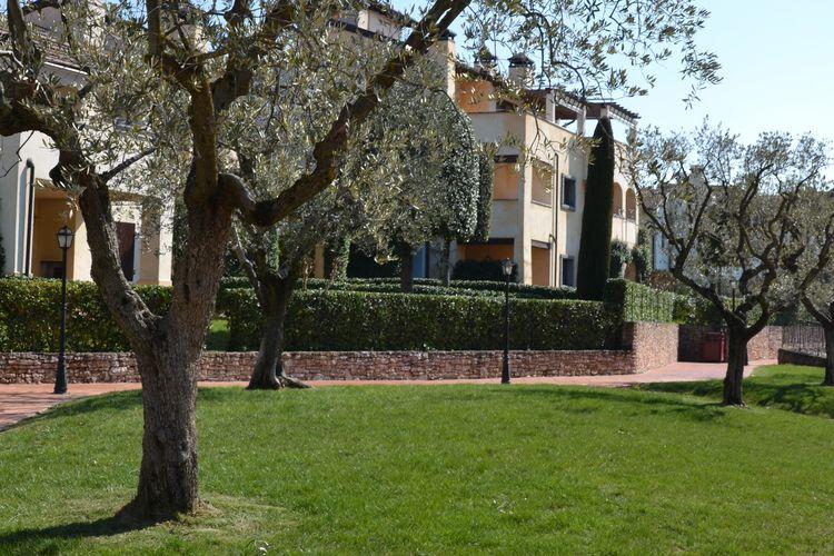 Vakantiehuizen Italie | Italiaanse-Meren | Appartement te huur in Peschiera-del-Garda met zwembad  met wifi 6 personen