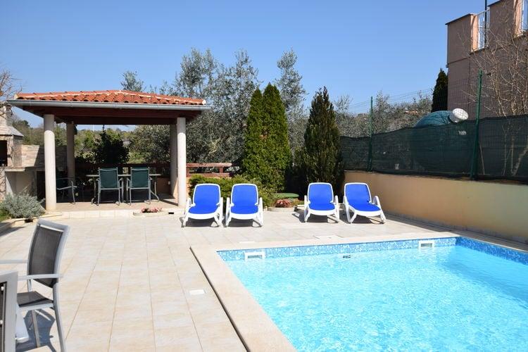 Appartement met zwembad met wifi  VinkuranEdo