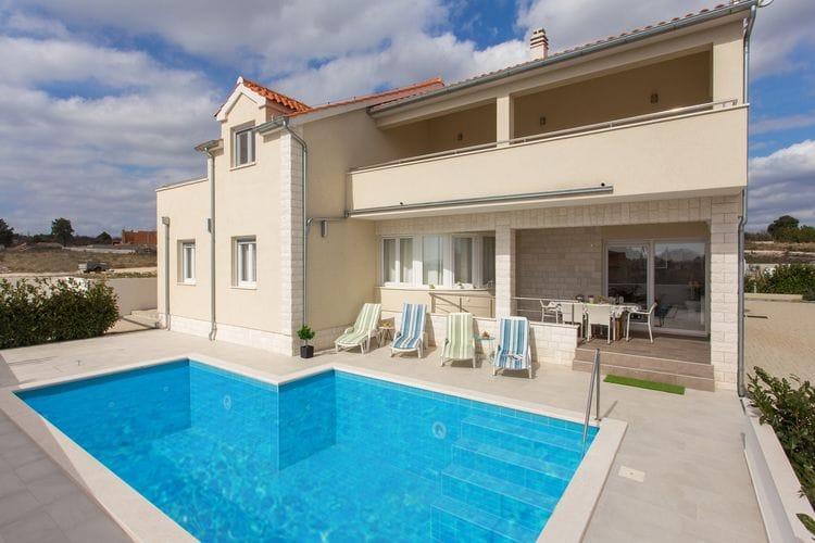 Kroatie | Dalmatie | Villa te huur in Vodice met zwembad  met wifi 9 personen
