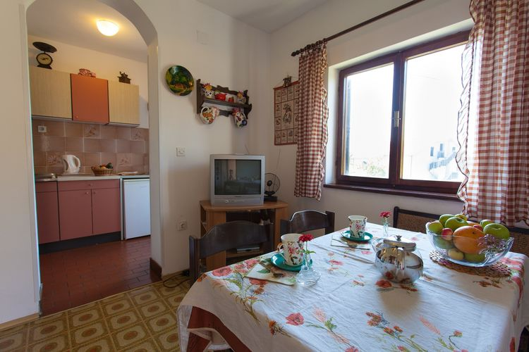 Appartement Kroatië, eld, Malinska Appartement HR-00017-81