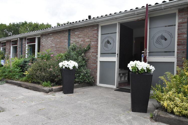 vakantiehuis Nederland, Drenthe, Pesse vakantiehuis NL-7933-04