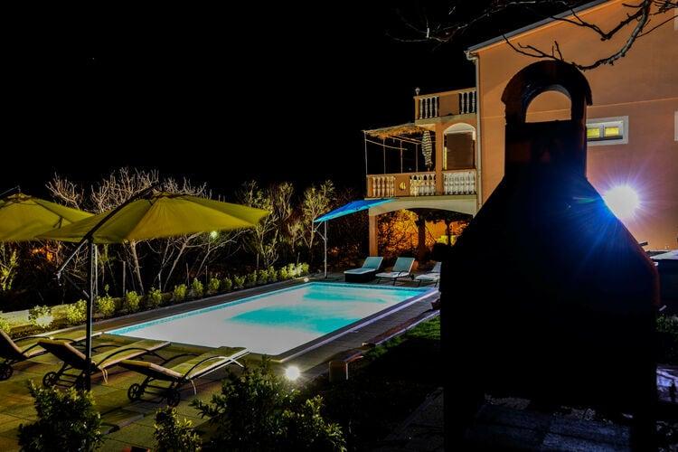 Villa Kroatië, Dalmatie, Pag Villa HR-23249-01