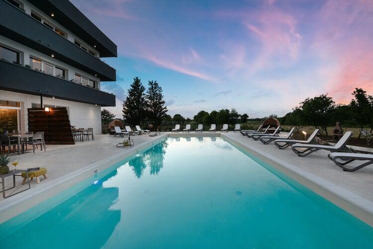 Villa Kroatië, Dalmatie, Nin Villa HR-23232-32