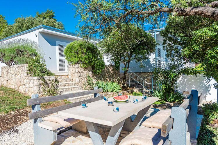 Villa Kroatië, Dalmatie, Maslenica Villa HR-00018-04