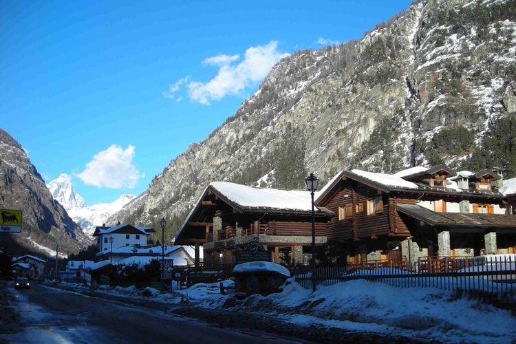Vakantiehuizen Italie | Val-daosta | Appartement te huur in Antey-Saint-Andre   met wifi 22 personen