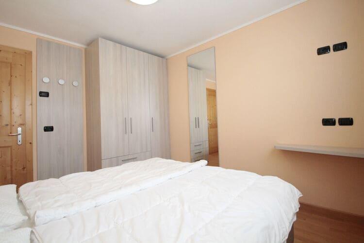 vakantiehuis Italië, Italiaanse Meren, Livigno vakantiehuis IT-23030-69