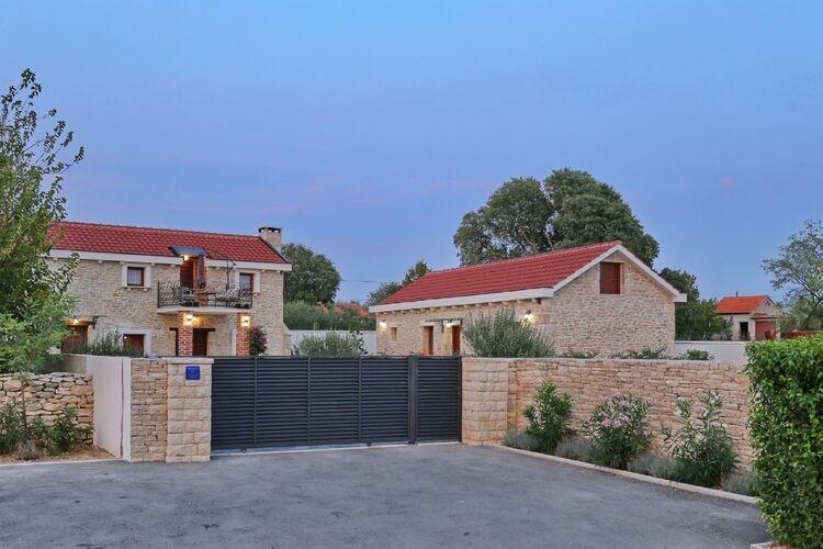 Villa Kroatië, Dalmatie, Prkos Villa HR-23223-03