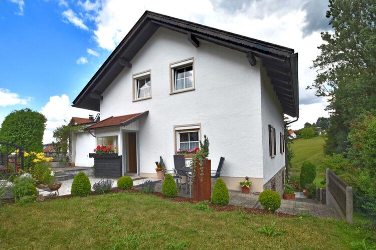 Duitsland | Beieren | Vakantiehuis te huur in Waldkirchen   met wifi 6 personen