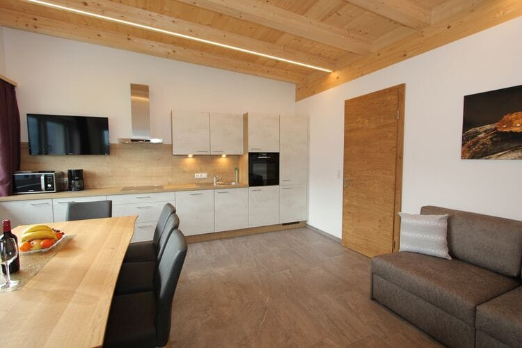 Vakantiehuizen Oostenrijk | Tirol | Appartement te huur in Fugenberg   met wifi 7 personen