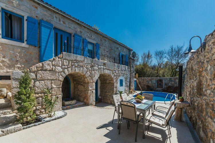 Woning Kroatie | Kvarner | Vakantiehuis te huur in Crikvenica met zwembad  met wifi 8 personen
