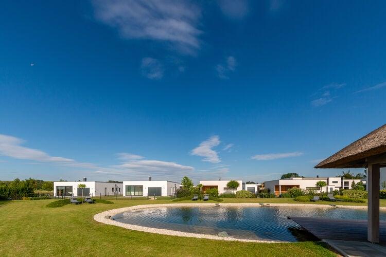 Appartement met zwembad met wifi  burgPannonia E01