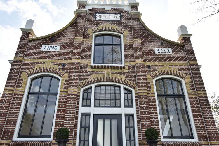 Ref: NL-8812-01 1 Bedrooms Price
