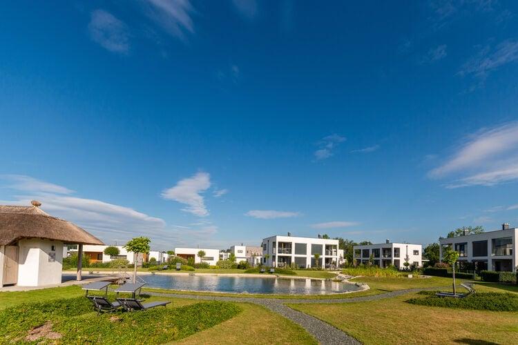 Appartement met zwembad met wifi  burgPannonia L01