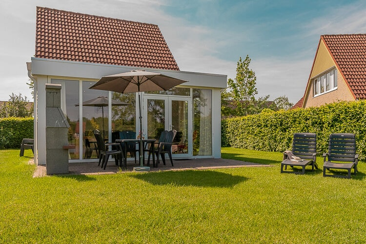 Vakantiehuizen Nederland | Groningen | Vakantiehuis te huur in Vlagtwedde met zwembad  met wifi 8 personen
