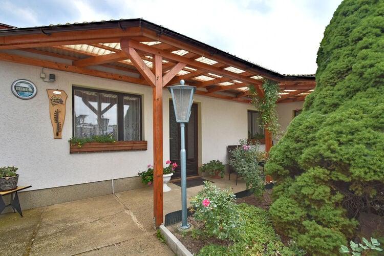 Vakantiehuis  met wifi  Timmenrode  Charmant vakantiehuis in Timmenrode met een tuin