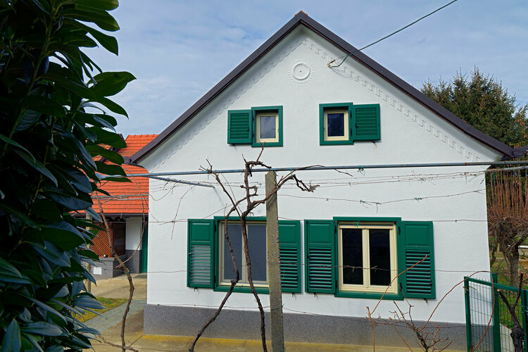 vakantiehuis Slovenië, Noord Oosten, Razkrižje vakantiehuis SI-09246-01