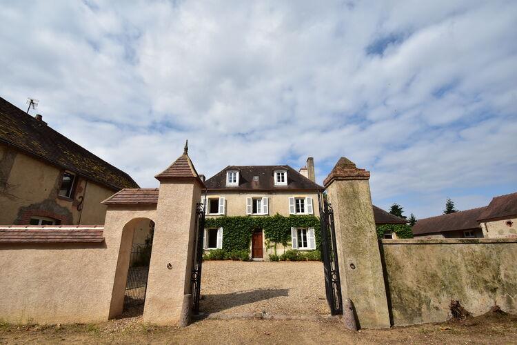 Villa Frankrijk, Bourgogne, Saint-Aubin-sur-Loire Villa FR-71140-05