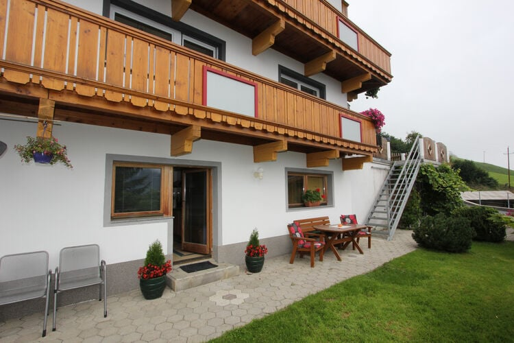 Vakantiehuizen Oostenrijk | Tirol | Appartement te huur in Hippach   met wifi 4 personen