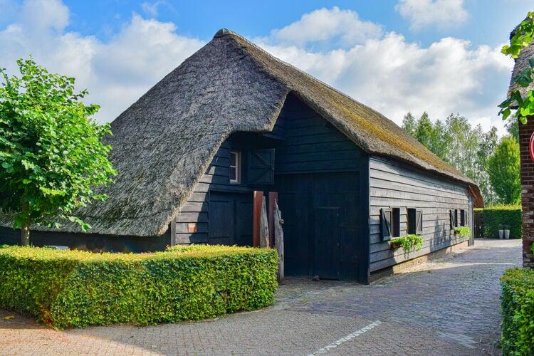 Vakantiehuizen Nederland | Noord-Brabant | Vakantiehuis te huur in Alphen   met wifi 10 personen