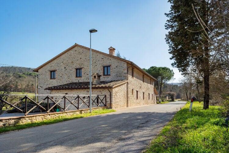 Vakantiehuizen Italie | Umbrie | Vakantiehuis te huur in Pietrafitta-Piegaro   met wifi 4 personen