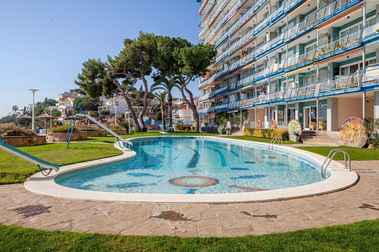 Vakantiehuizen Spanje | Costa-de-Barcelona | Appartement te huur in Canet-de-Mar met zwembad  met wifi 6 personen