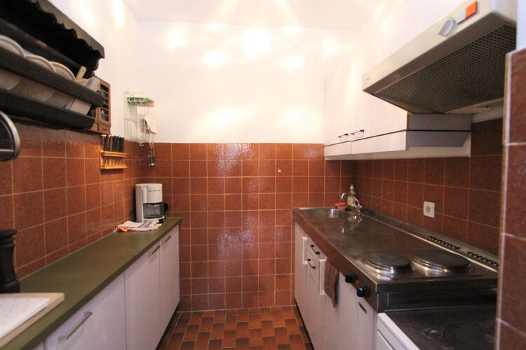 Ref: AT-9862-06 6 Bedrooms Price