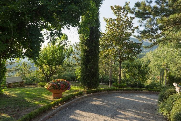 Villas Italie | Abruzzo | Villa te huur in Tagliacozzo    6 personen