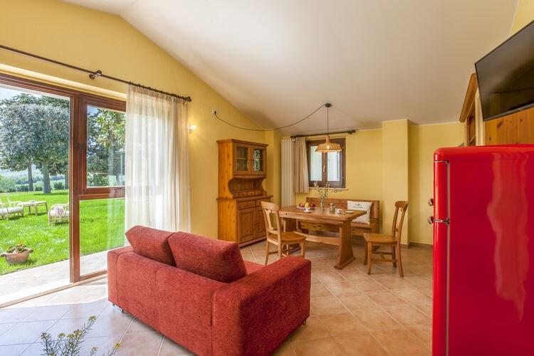 vakantiehuis Italië, Marche, San Costanzo vakantiehuis IT-00037-06