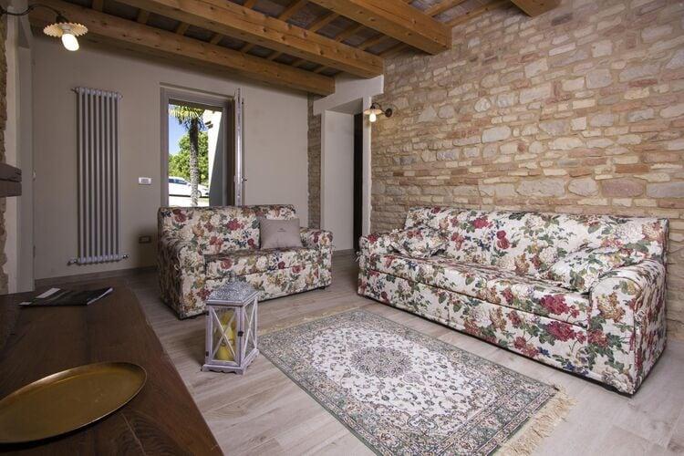 vakantiehuis Italië, Marche, Fano vakantiehuis IT-00037-80