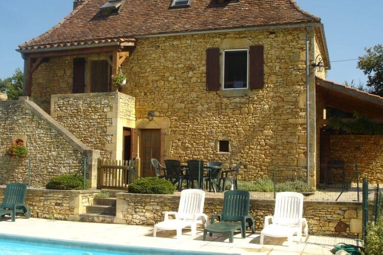 Frankrijk | Dordogne | Vakantiehuis te huur in Besse met zwembad  met wifi 8 personen