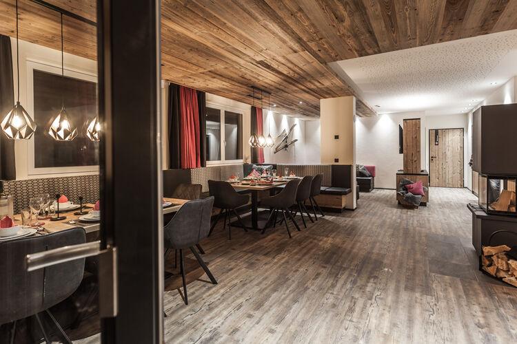 Luxurious Montafon Chalet Small 1 - Partenen