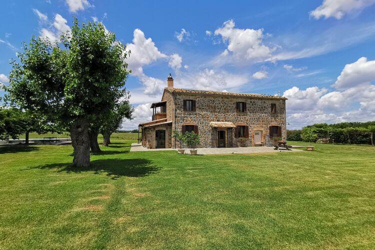 Vakantiehuizen Italie | Lazio | Boerderij te huur in Castiglione-In-Teverina met zwembad  met wifi 16 personen