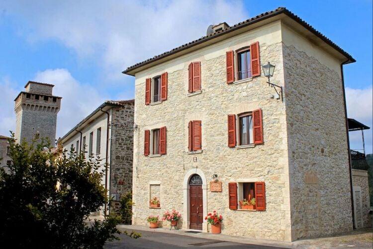 Woning Italie | Umbrie | Vakantiehuis te huur in Prodo   met wifi 16 personen