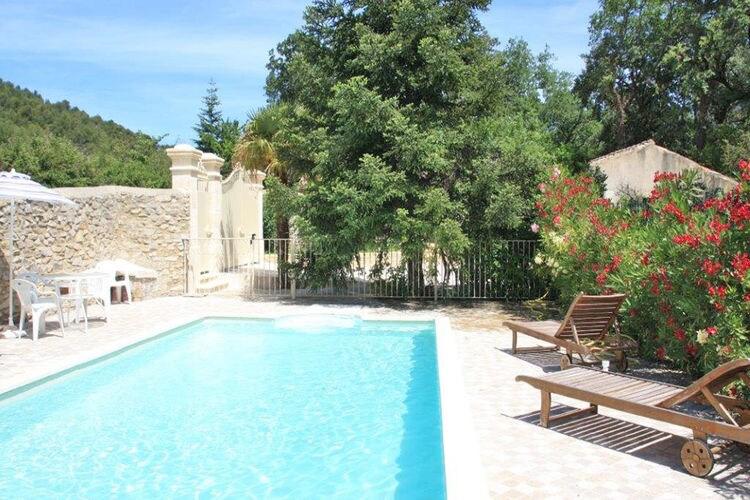 Vaison-La-Romaine Vakantiewoningen te huur Karakteristieke dorpswoning op een rustige locatie aan de rand van het oude Vaison-la-Romaine