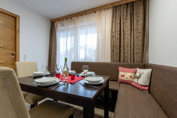 Ref: AT-5721-170 1 Bedrooms Price