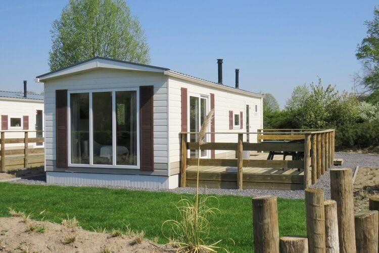 Vakantiehuizen Belgie | Antwerpen | Chalet te huur in Mol met zwembad   4 personen