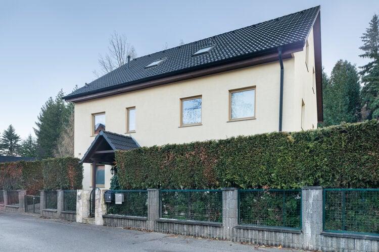 Vakantiehuizen Duitsland | Saksen | Appartement te huur in Dresden met zwembad  met wifi 4 personen