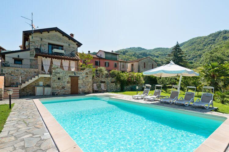 Vakantiehuizen Italie | Toscana | Villa te huur in Spicciano-Fivizzano-MS met zwembad  met wifi 8 personen