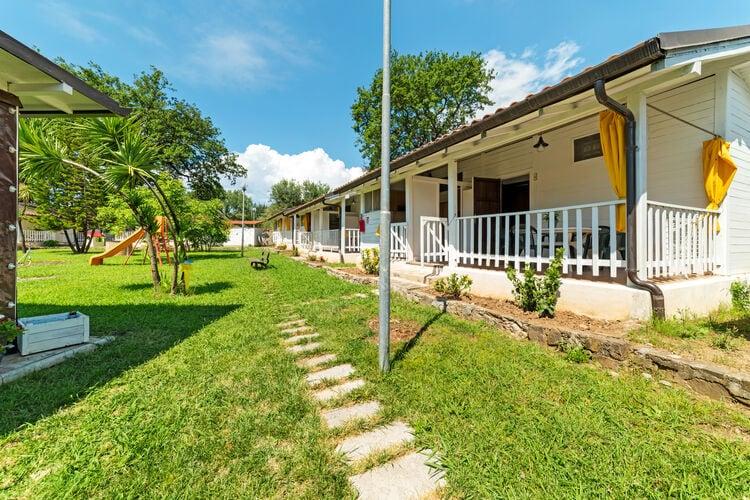 Chalets Italie | Campania | Chalet te huur in Villammare   met wifi 4 personen